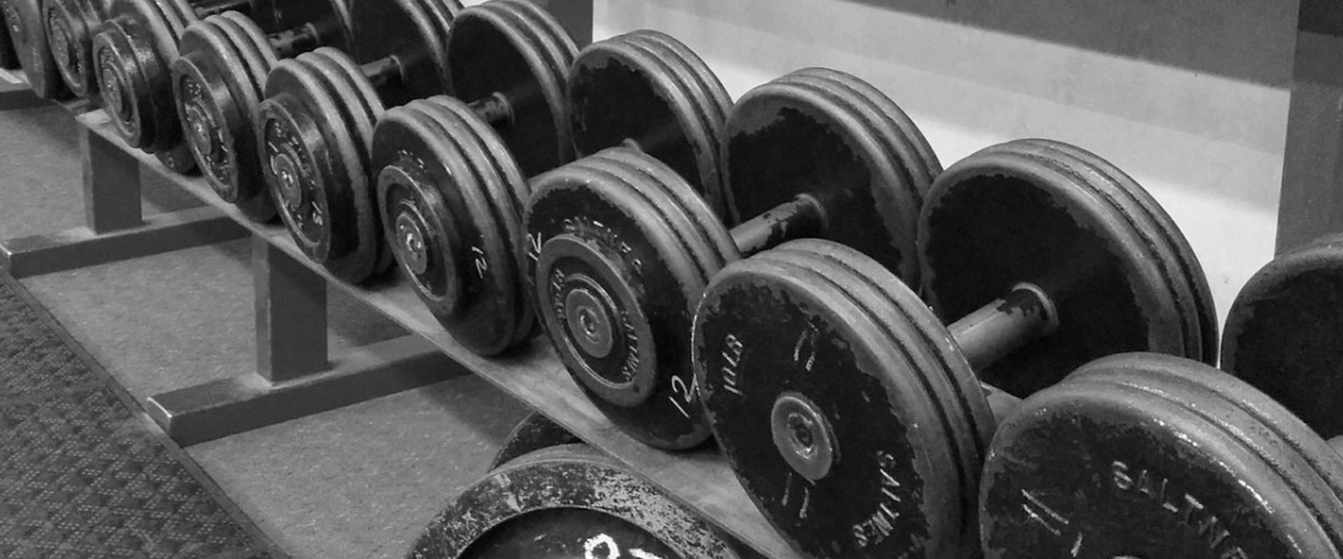 Izbor vježbi i intervali odmora za trening hipertrofije